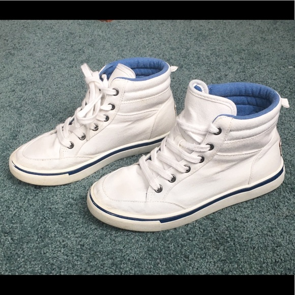 e4d778a11be5 abercrombie kids Other - Abercrombie White high Top sneakers boys size 2